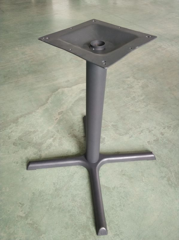 "Compact Design Cast Iron Restaurant Table Bases Dia 3"" Column For Outdoor"